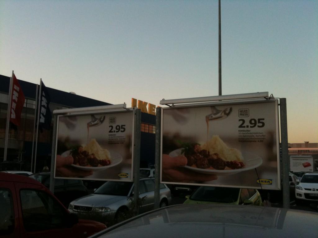 Ikea-Parktplatz Werbung